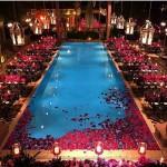 Puro luxo essa inspirao de festa ao redor da piscinahellip